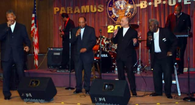 The New Jersey Doo Wop Society will perform in Paramus.