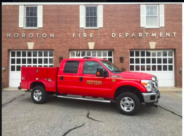 The Noroton Volunteer Fire Department in Darien recently took delivery of a new utility truck that will expand its ability to respond to emergencies throughout Darien. Truck 35 is a 2016 Ford F350 with a full crew cab.