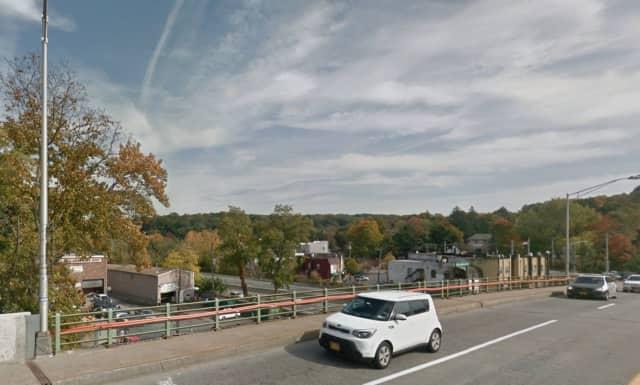 Greenburgh is moving to install new traffic cameras on the Ashford Avenue bridge.