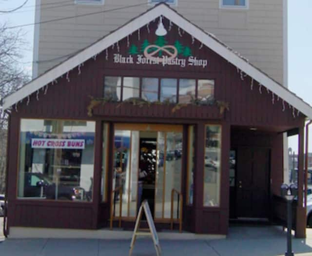 Black Forest Pastry Shop owner Herb Mueller will speak at the next meeting of the Retired Men's Association of Greenwich Wednesday.