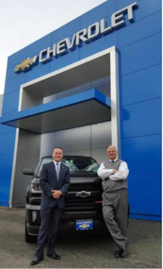 Dealer Principals Tony Fernandez (L) and Steve Barna (R).