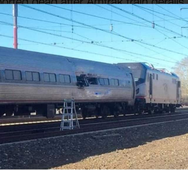 A photo of the Sunday morning derailment by Twitter user @GlennHills.