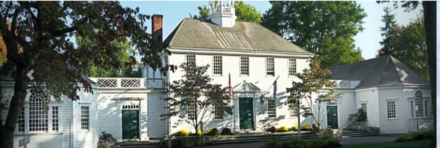 Fairfield Chamber of Commerce. The Fairfield Chamber of Commerce will host its Spring Fling annual fundraiser event on Thursday, May 12, from 6-9 p.m. at the Fairfield Museum and History Center.