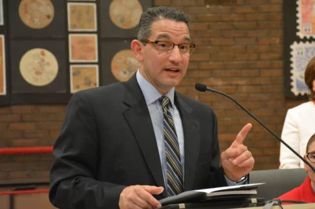 Dr. Christopher Manno