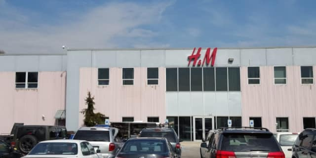 Home Dynamix will replace H&M in a North Arlington warehouse.