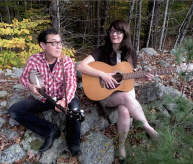 Roots music duo Hungrytown will perform in New Canaan June 4.