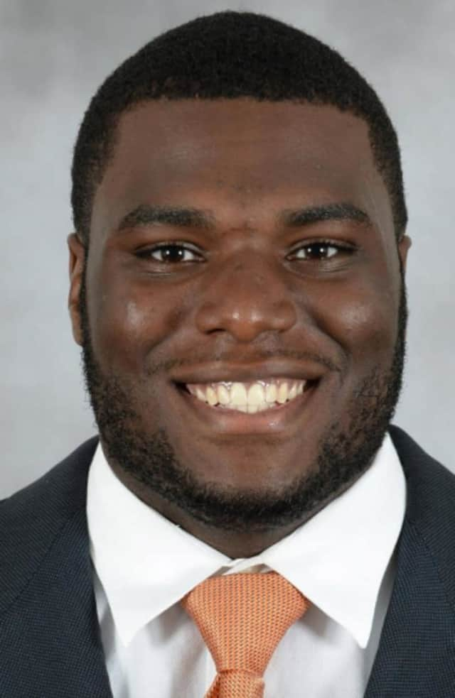 Calvin Heurtelou, a graduate of Spring Valley High School, has signed as free agent with the Denver Broncos.