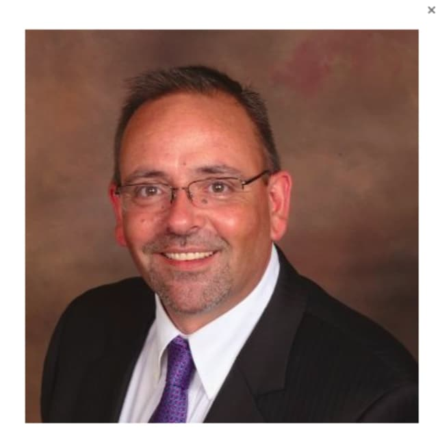 """Local recruiter John Pinto is giving a job series called """"What Recruiters Want"""" at Fairfield Library on Wednesday, June 1 at 7 p.m., in the Rotary Room."""
