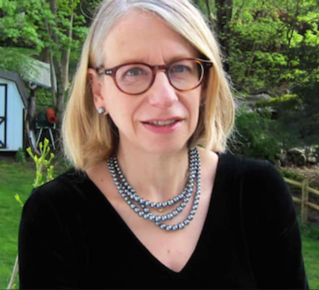 New Yorker cartoonist Roz Chast was honored at the Silvermine Arts Center's inaugural Living Art Awards Benefit May 21.