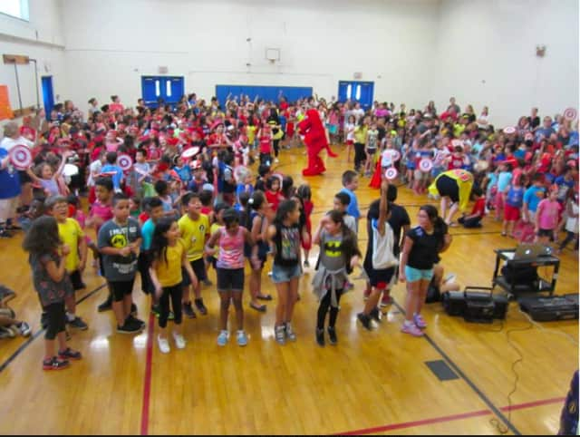 Hayestown Avenue School in Danbury kicks off its summer reading and math program with a pep rally.