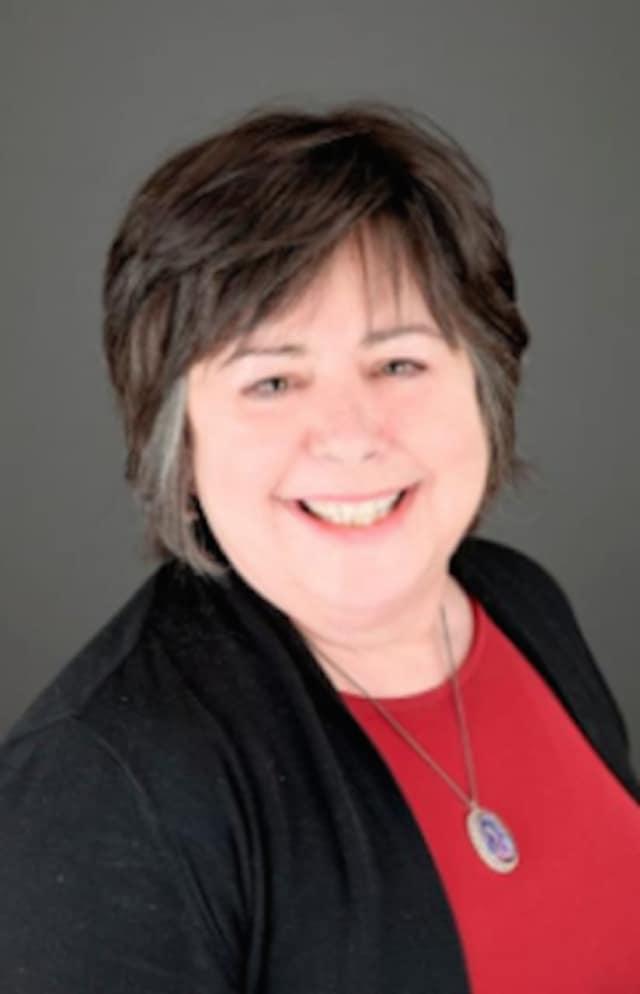 Dr. Lorraine Hartnett