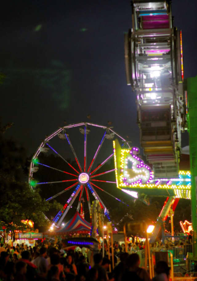 Leonia Sports Booster Carnival will include a fireworks show on July 4 after sunset.