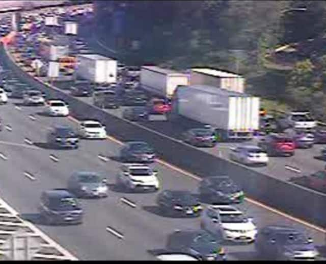 Delays on southbound I-87 in Rockland.