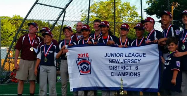 The Palisades Park/Leonia Little League team won the District 6 title and advanced to the Section 2 tournament