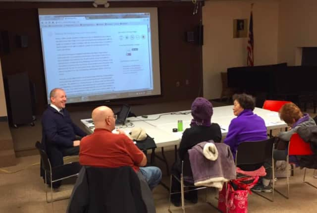 Learn how to e-mail and browse the web at Fort Lee Public Library's free weeklong program