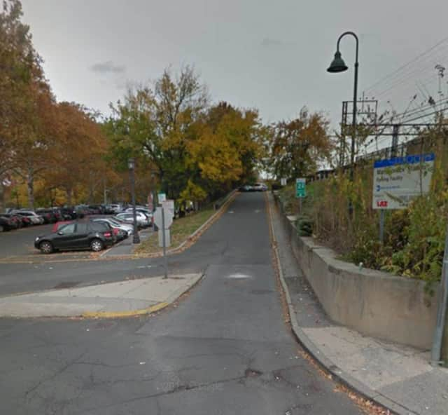 The Village of Mamaroneck Police Department said that they are close to making an arrest in a robbery and assault at train station during the evening rush hour on Wednesday.