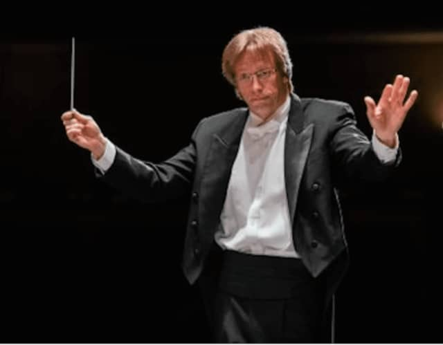 Eckart Preu is leaving as music director of the Stamford Symphony at the end of the 2016-17 season for a position in California.