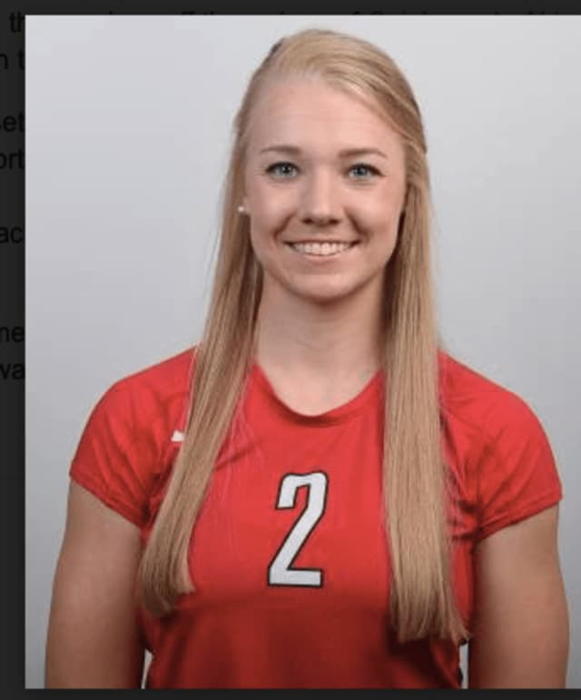 A double-double from Megan Theiller led the Fairfield University volleyball team in the UNM Invitational.