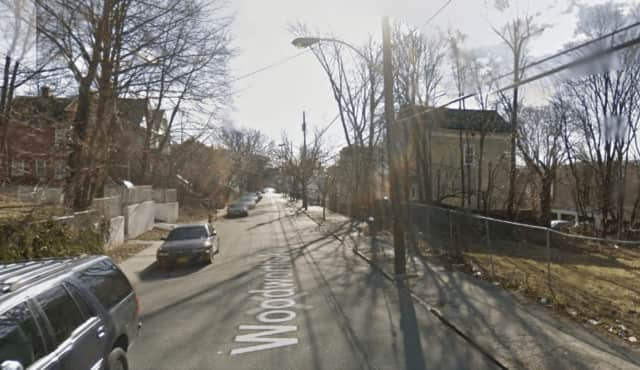 A Yonkers man was stabbed after getting into a fight with another man on Woodworth Avenue.