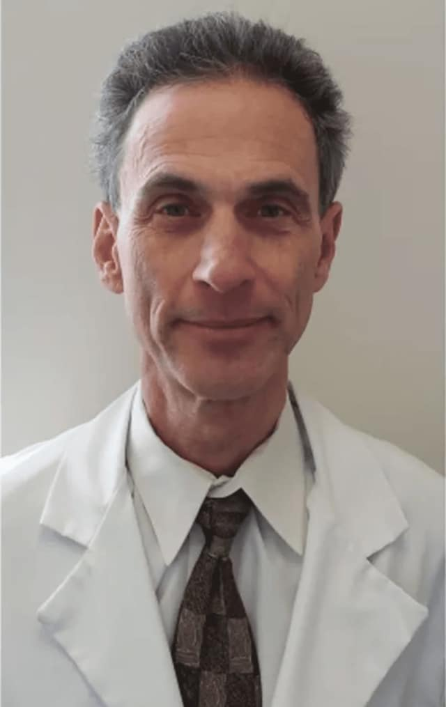 Dr. Stuart Lehrman is a Pulmonologist and Director of the Sleep Lab at Westchester Medical Center.