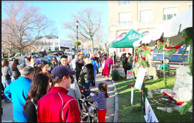The Eighth Annual Greenwich Holiday Stroll Weekend will feature a live Nativity, horse-drawn carriage rides, professional ice sculpture demos, food, music and entertainment, children's activities, live reindeer and much more.