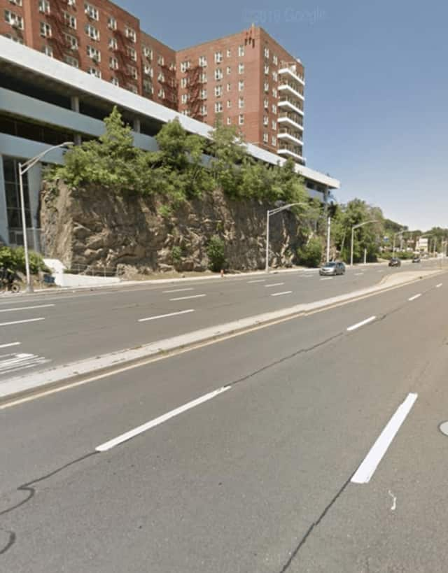 The area of Central Avenue in Yonkers where the crash occurred.