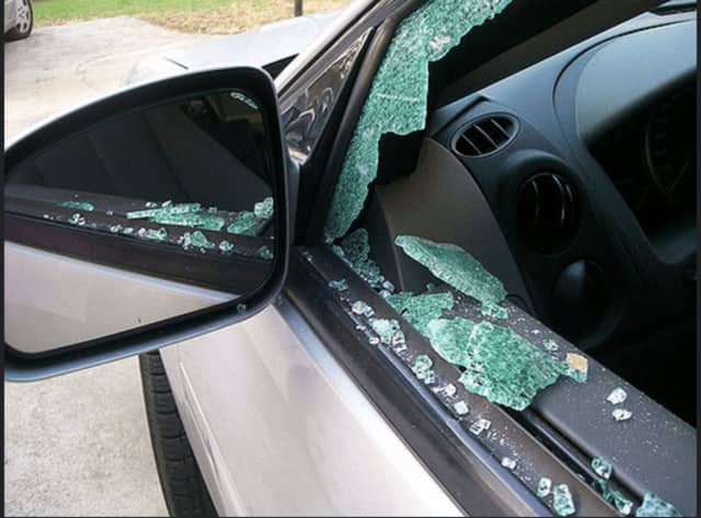 Ramapo police, who have seen a rise in car larcenies, are warning residents to remove valuables from the car before locking them for the evening.