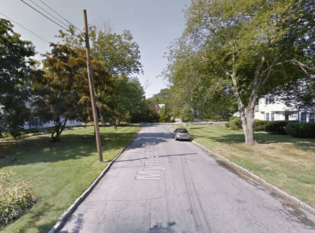 The suspects sped down Myrtledale Road in the direction of Mamaroneck Road in Scarsdale.