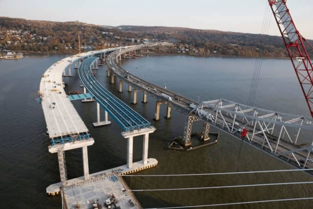 A worker at the new Tappan Zee Bridge construction site suffered minor injuries after falling while on the job.