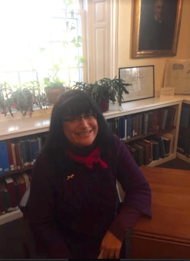 Starting in January, Newtown resident Brenda McKinley will be moving on to a new opportunity as director of the Ridgefield Library.