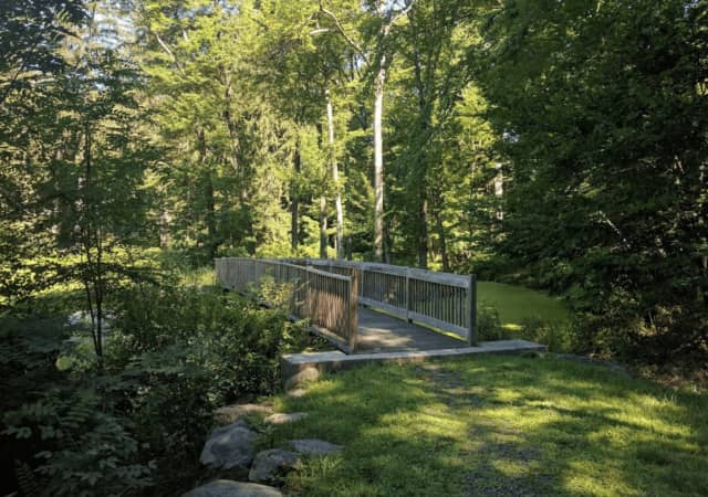 More than 18 acres of the Glenville Woods Preserve has been donated to the Town of Greenburgh by the Open Space Institute.