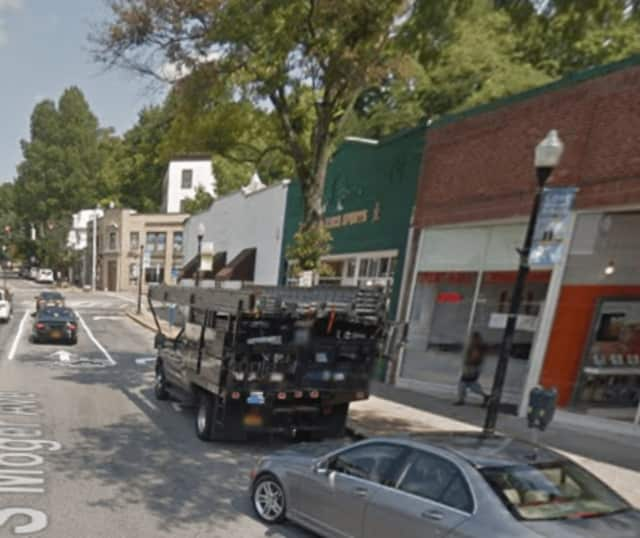 A restaurant on South Moger Avenue in Mount Kisco was temporarily closed by a gas leak.