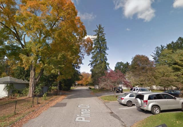 Yorktown police have launched an extensive investigation following a pair of attempted break-ins on a remote Shrub Oak cul-de-sac.
