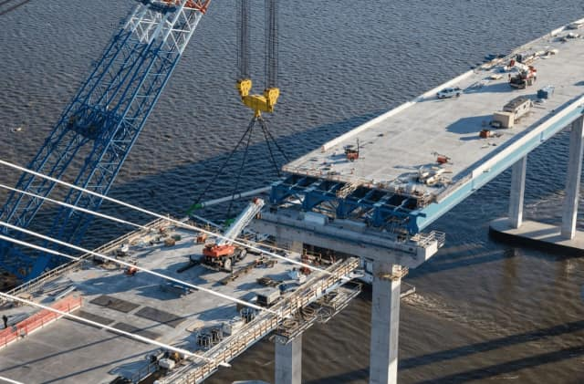 Work has resumed on the new Tappan Zee Bridge following Thursday's snowfall.