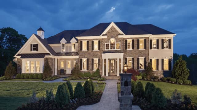 Toll Brothers will build luxury homes like this one at Apple Ridge Golf Course in Mahwah and Upper Saddle River, NJ.com reports.