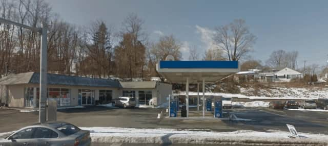 A cashier at the Mobile Gas Station in Stony Point was threatened with a hammer during a robbery by a man wearing a towel over his face.