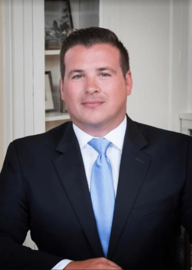 Attorney Joshua A. Weinshank of Cramer & Anderson in Danbury and a Ridgefield resident was named to the Associate Board of the Danbury Hospital & New Milford Hospital Foundation.