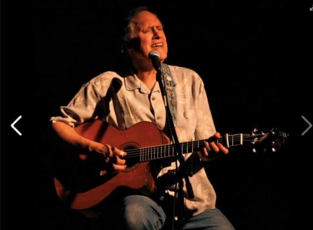 Tom Chapin will appear at the Horizons at SHU gala.