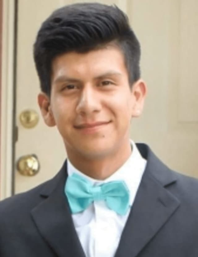Douglas Alvarez.