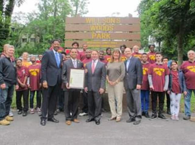 Mount Vernon School Superintendent Kenneth R. Hamilton, Principal Ronald Gonzalez, Astorino, Kathy O'Connor, Commissioner and Seth Mandelbaum with the , Westchester County Parks Department of Parks.