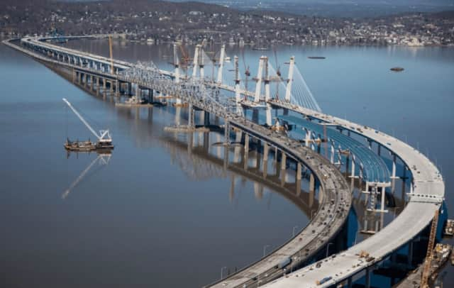 Works inches closer to completion on the new Tappan Zee Bridge.