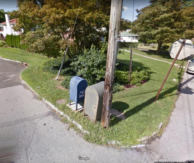 The mailbox located at Alta Vista Drive and Alpine Road in Yonkers.