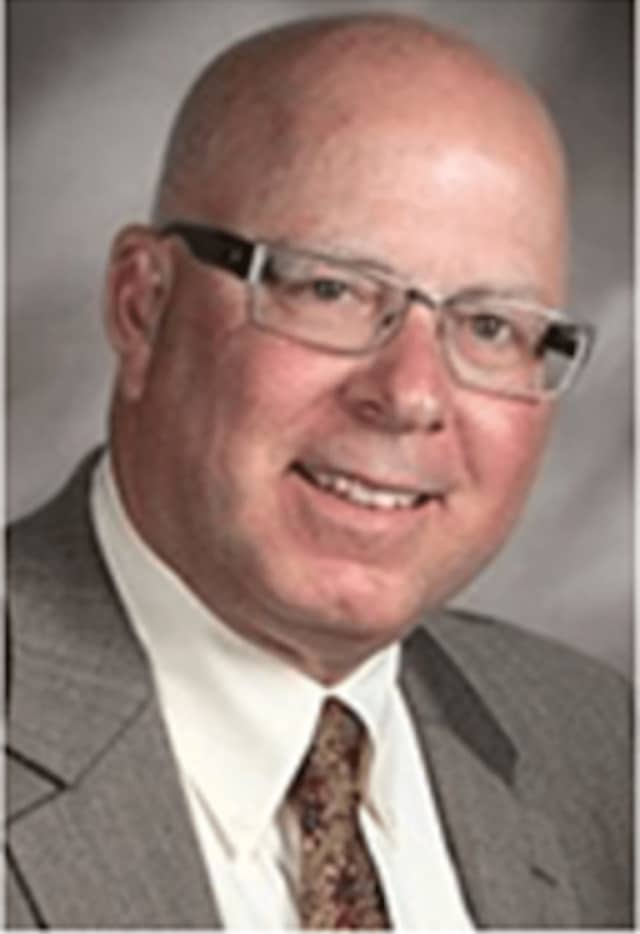 James Accomando was president of Fairfield Ludlowe High School PTA, and was a board member and executive at Holland Hill Elementary School and Fairfield Woods and Tomlinson Middle Schools.