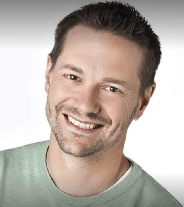 Fairfield resident Matt Vogel is the newest voice of Kermit the Frog.