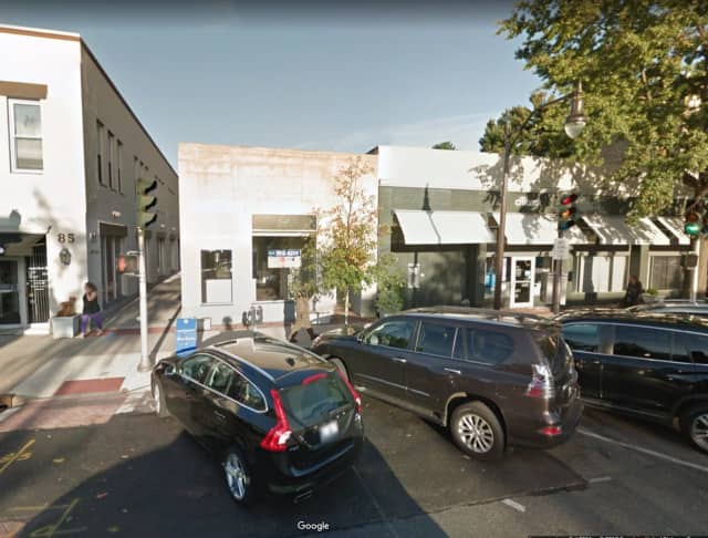 The Verizon store in Bronxville was robbed by men wielding knives.