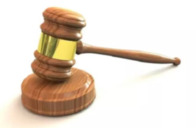 A Stratford man pleaded guilty to federal charges of bankruptcy fraud.
