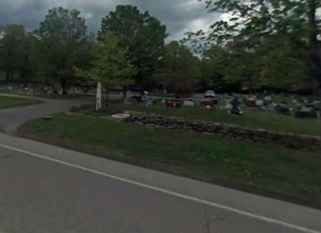 Seamanville Cemetery in Monroe.