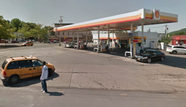 A man lit himself on fire at the Shell Gas Station on Broadway in Newburgh.