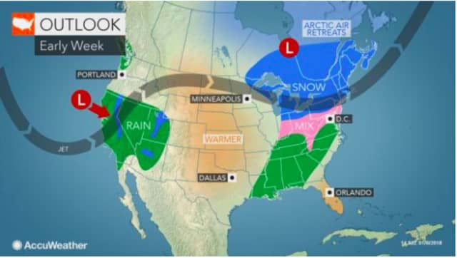A look at the weather pattern for early this week.