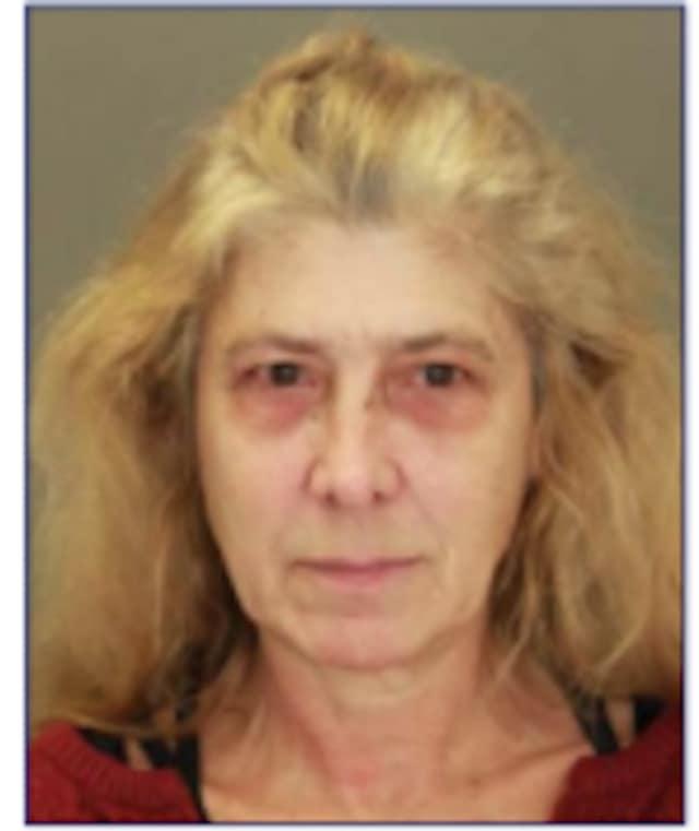 Evelyn Stefos, 59
